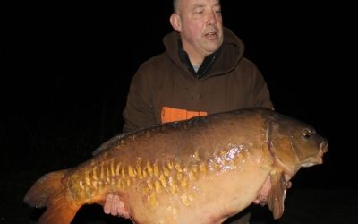 Mark Shildrake with the stunning Woodcarving - 44lb