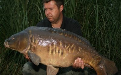 Phil Hemingway with a stunning Mirror - 31lb 8oz
