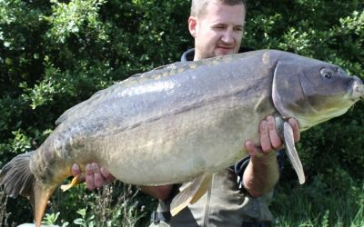 190 Peter Hudd with a cracking Mirror - 35lb 14oz