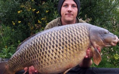 Luke Glover with a Valley Lake Common - 33lb